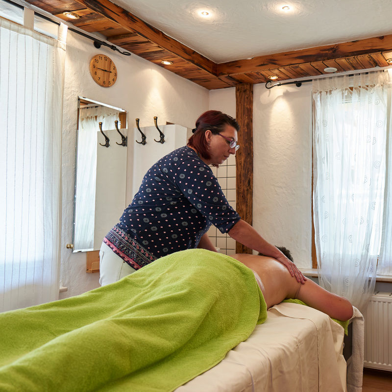 Massage & Wellnessanwendungen